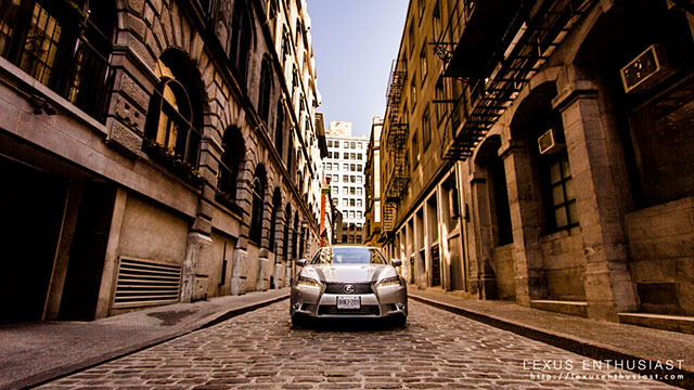 Lexus GS in Montreal