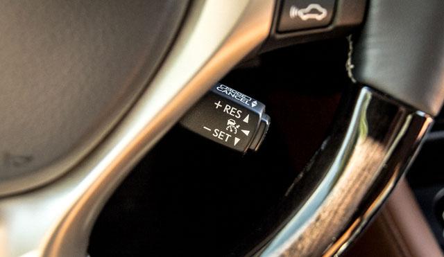 Lexus GS Adaptive Cruise Control