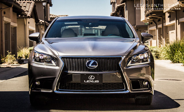 2013 Lexus LS Housing