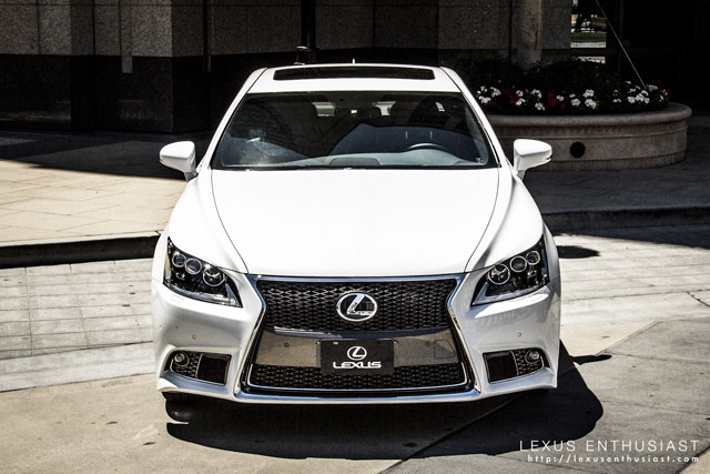 2013 Lexus LS F SPORT in Ultra White