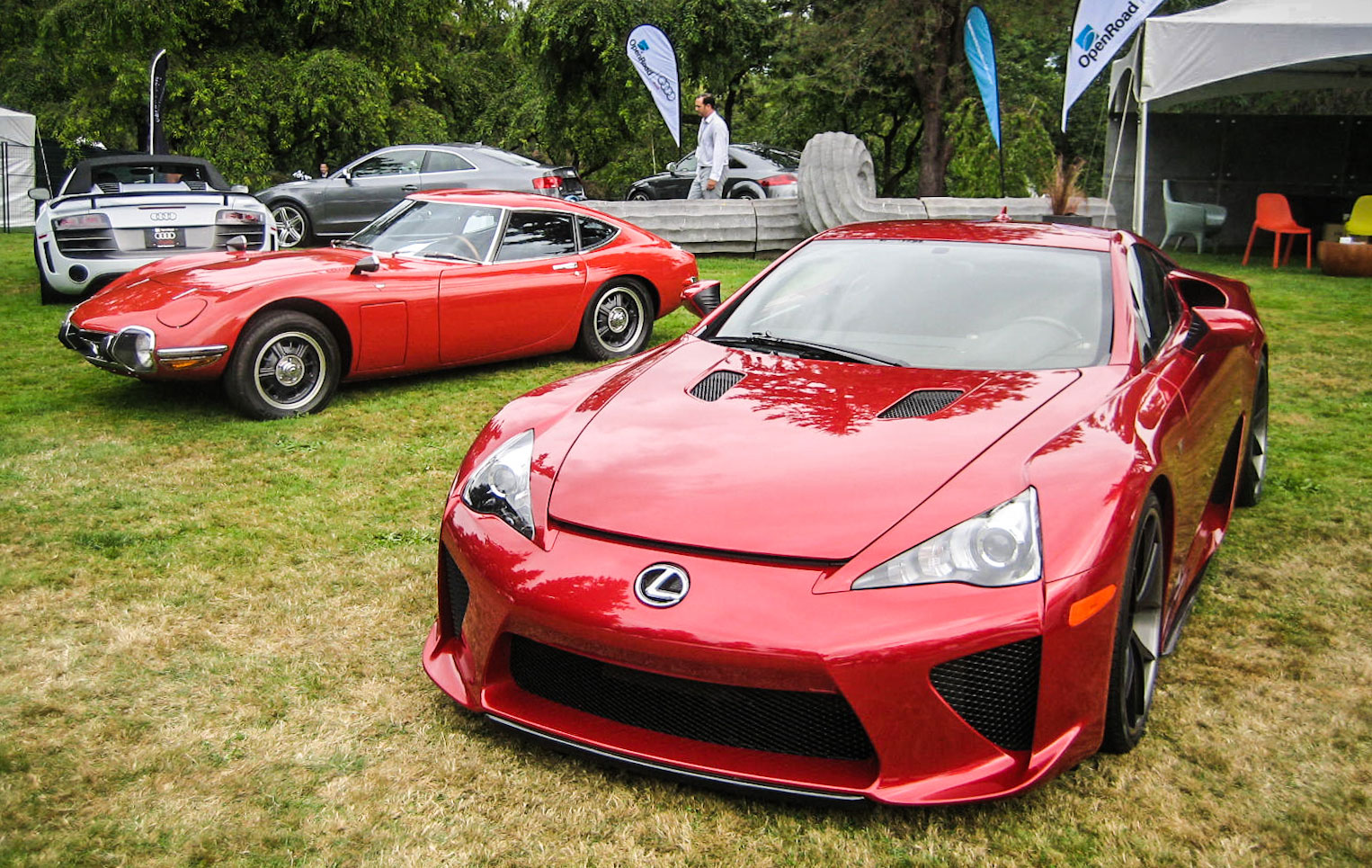 Lexus LFA & Toyota 2000GT Together Again | Lexus Enthusiast Lexus Enthusiast