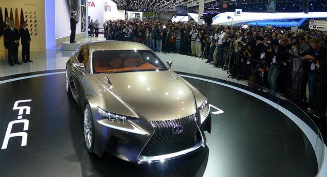 Lexus LF-CC Coupe Concept Live