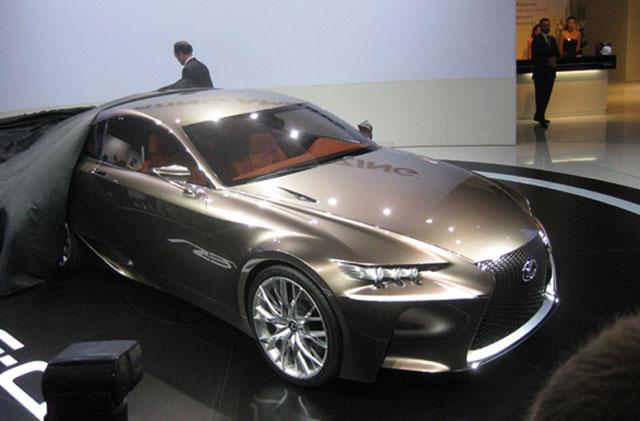 Lexus LF-CC Coupe Reveal