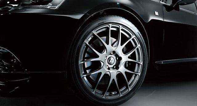 TRD Lexus LS F SPORT Wheel