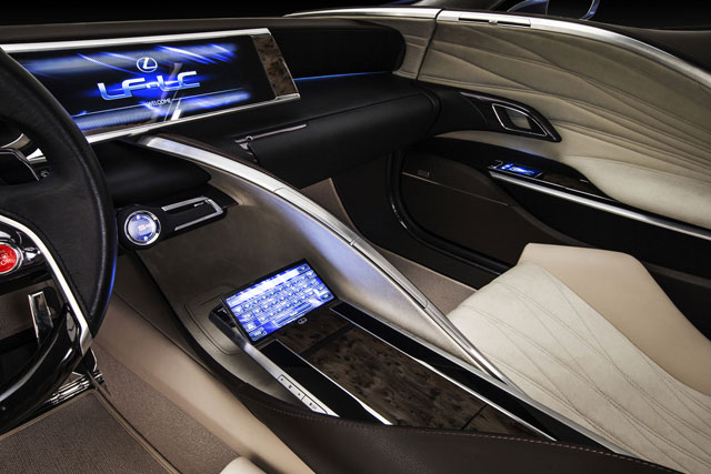Lexus LF-LC Interior Screen