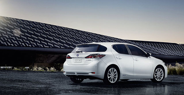 Lexus CT 200h 2013 Price Revision