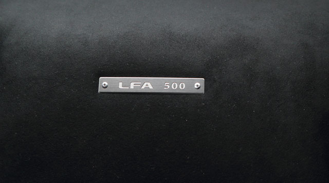Lexus LFA #500 badge