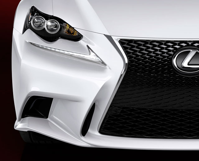 2014 Lexus IS Front Zoomed