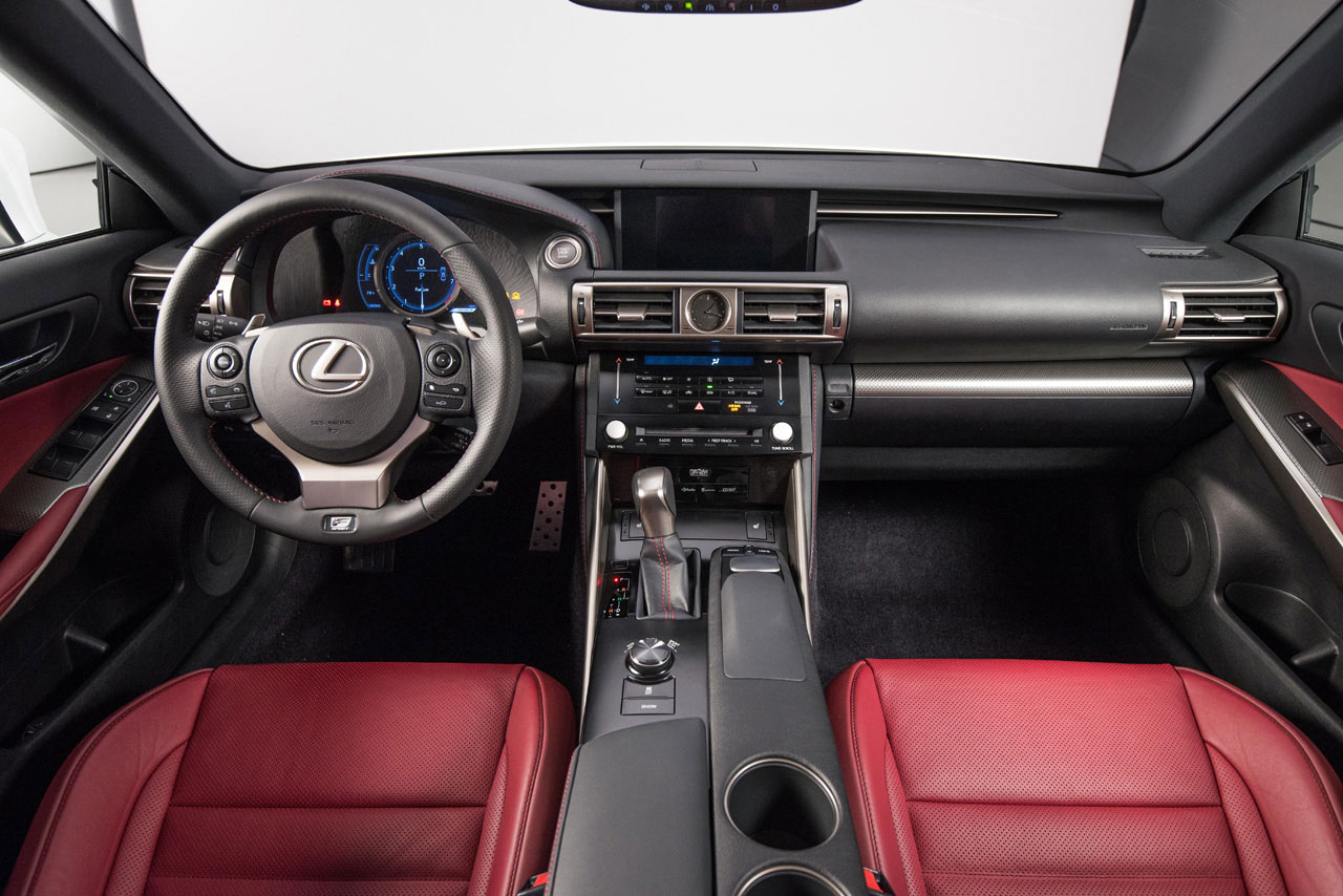 a closer look at the 2014 lexus is interior lexus enthusiast. Black Bedroom Furniture Sets. Home Design Ideas