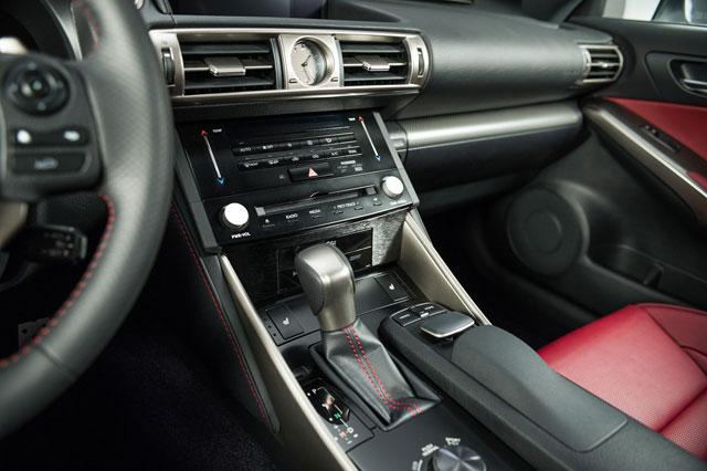 2014 Lexus IS Center Stack