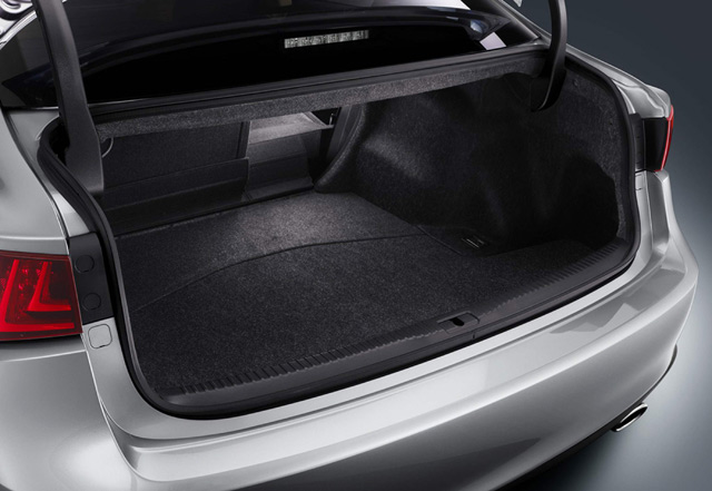 2014 Lexus IS Trunk