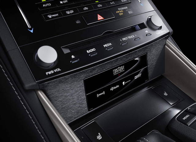 2014 Lexus IS Center Console