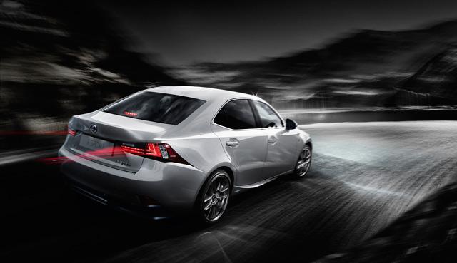 2014 Lexus IS Headlights