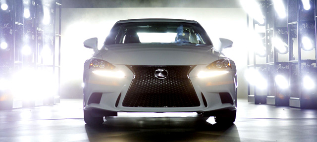 Lexus IS Spindle Grille