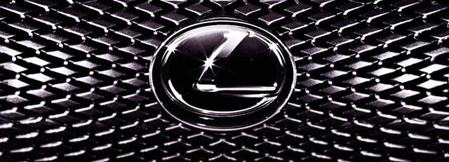 Lexus IS Grille Pattern