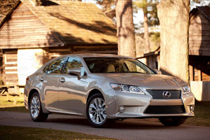 Lexus ES 300h Review by Dan Neil