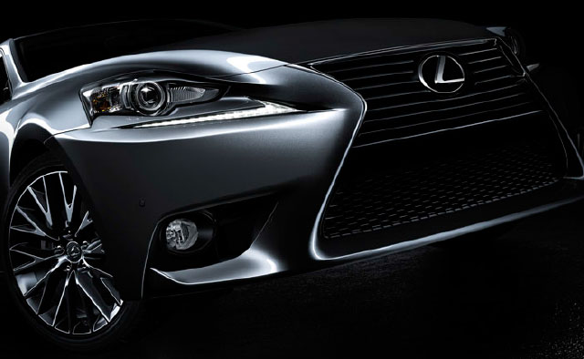 Lexus IS Spindle Grille Shape