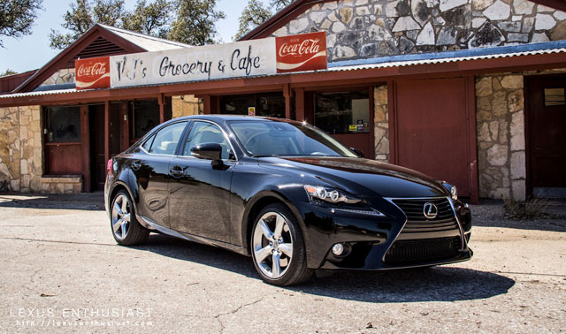 Lexus IS 350 AWD in Obsidian