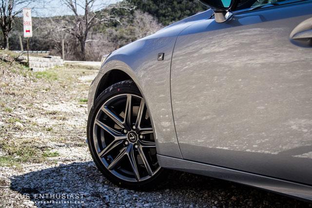 Lexus IS Front Arch