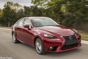 Lexus IS 300h Asia One
