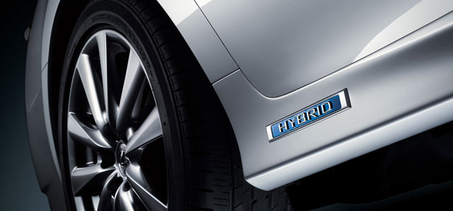 Lexus GS 450h Hybrid Badge