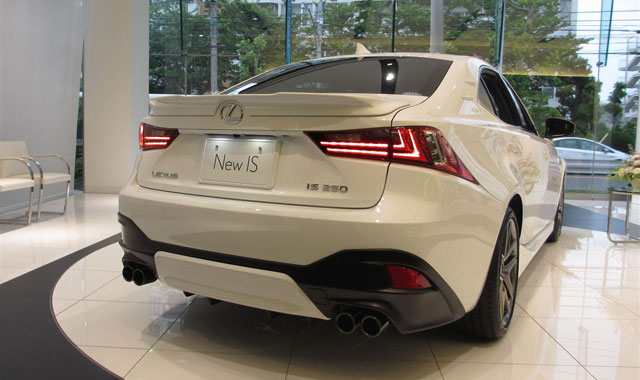 Lexus IS TRD Live Rear