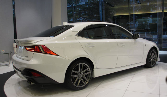 Lexus IS TRD Live Side
