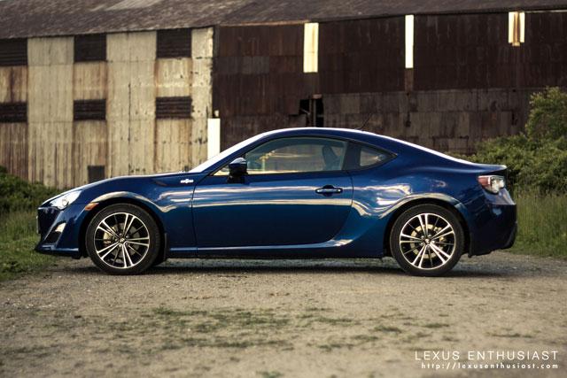 Lexus FR-S Side Profile