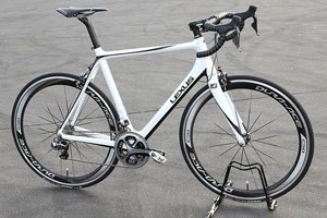 Lexus F SPORT Road Bike