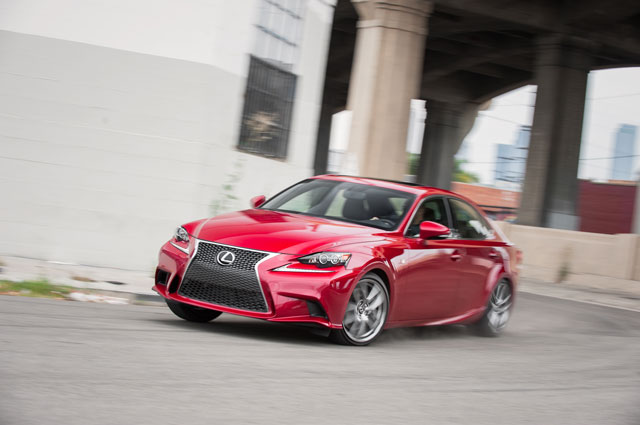 Lexus IS 350 F SPORT Side