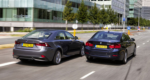 Lexus IS 300h vs. BMW 320i EDE