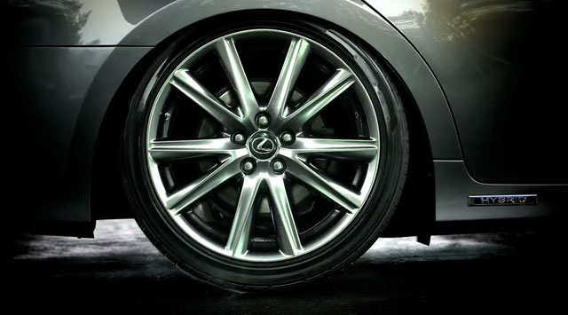 Lexus GS 300h Wheel Drop