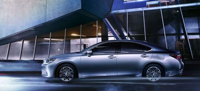 Lexus ES in China