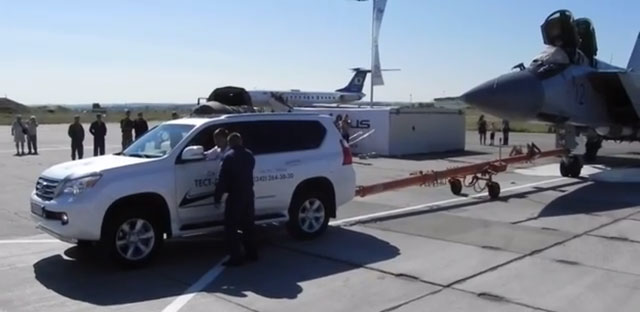 Lexus GX Towing Mig 31 Jet