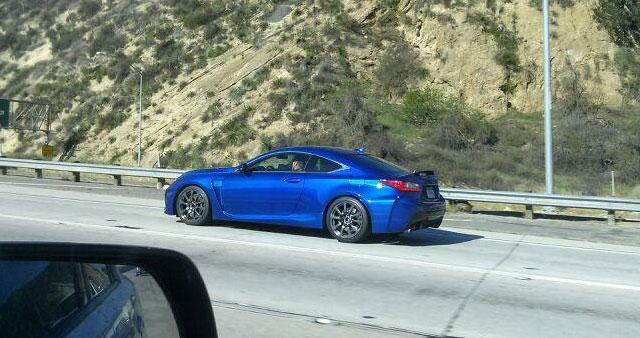Lexus RC F Side Ultrasonic Blue 2
