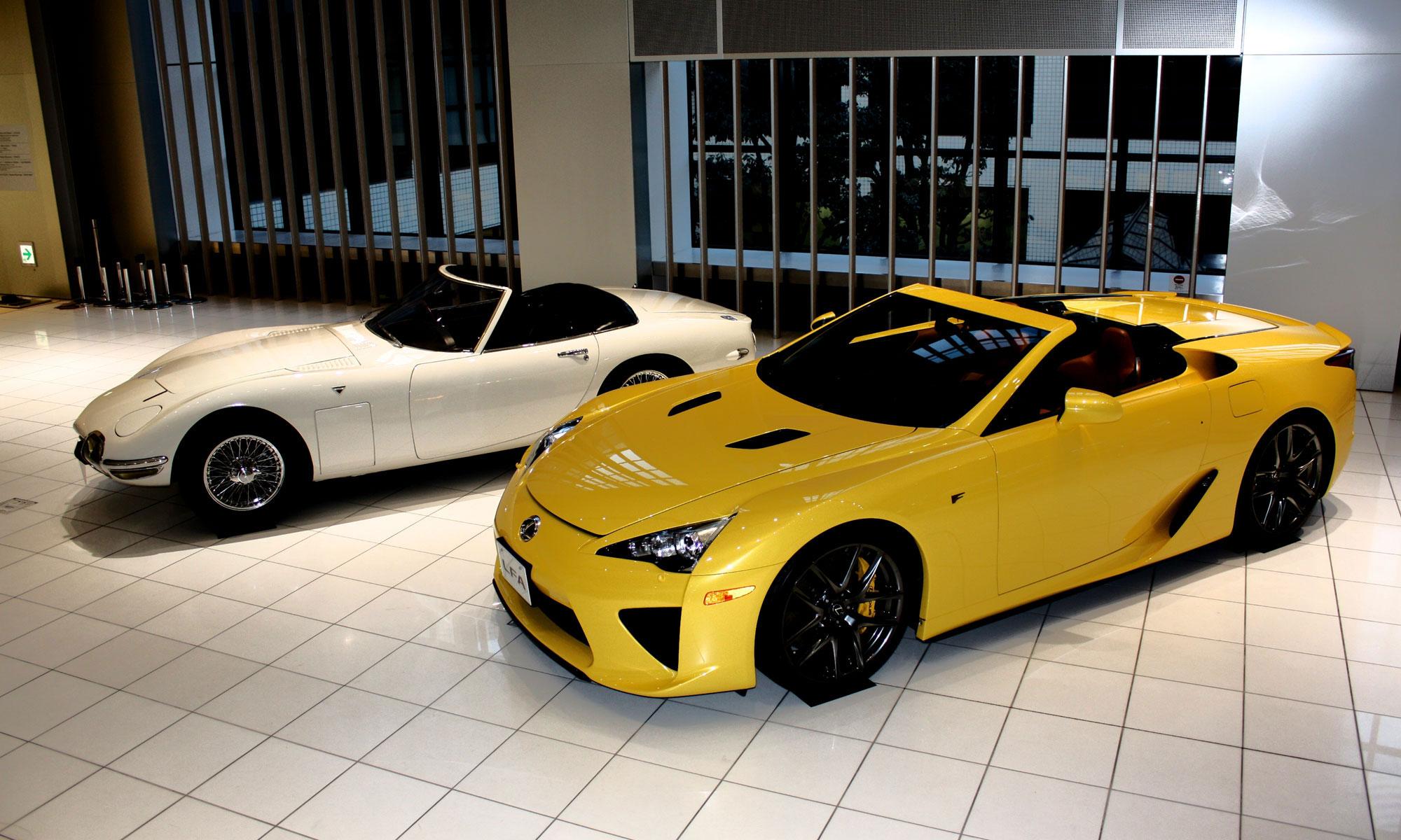 Lexus LFA Yellow Spyder 3