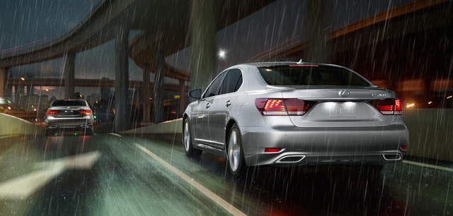 Lexus LS in the Rain