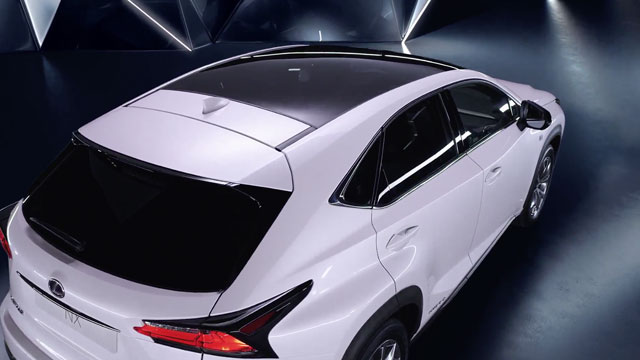 Lexus NX Panoramic Glass Roof