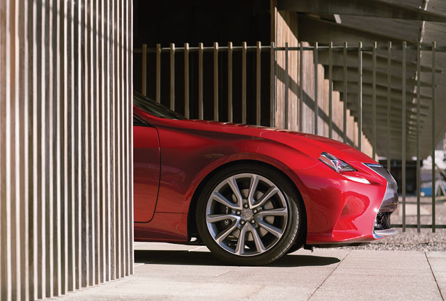 Lexus RC 350 Side Profile