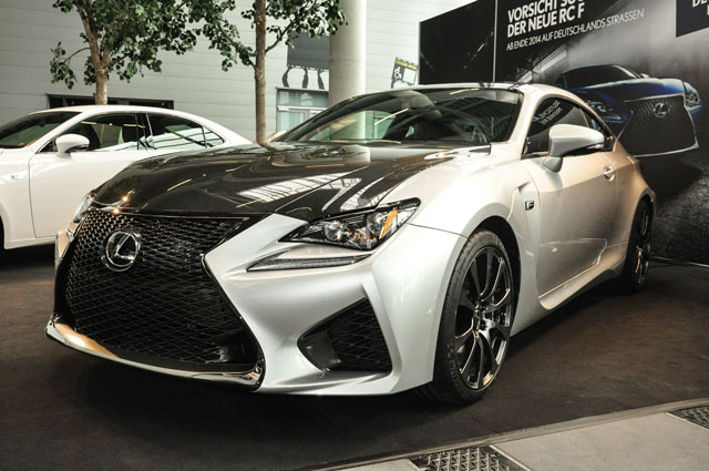 Lexus RC F in Liquid Platinum