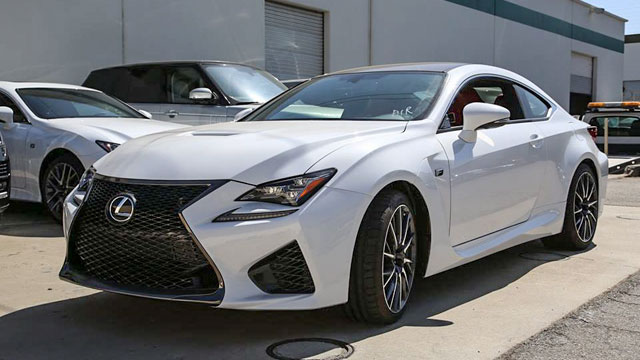 Lexus RC F in Ultra White