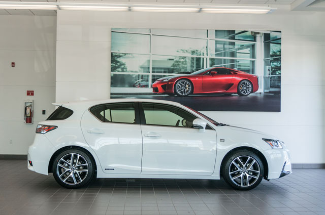 Lexus CT LFA OpenRoad