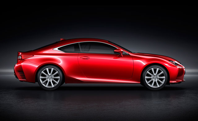 Lexus RC Side