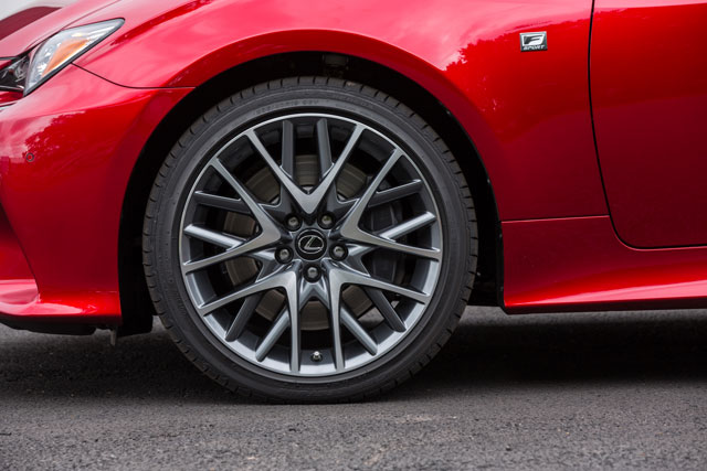 Lexus RC F SPORT Wheel Design
