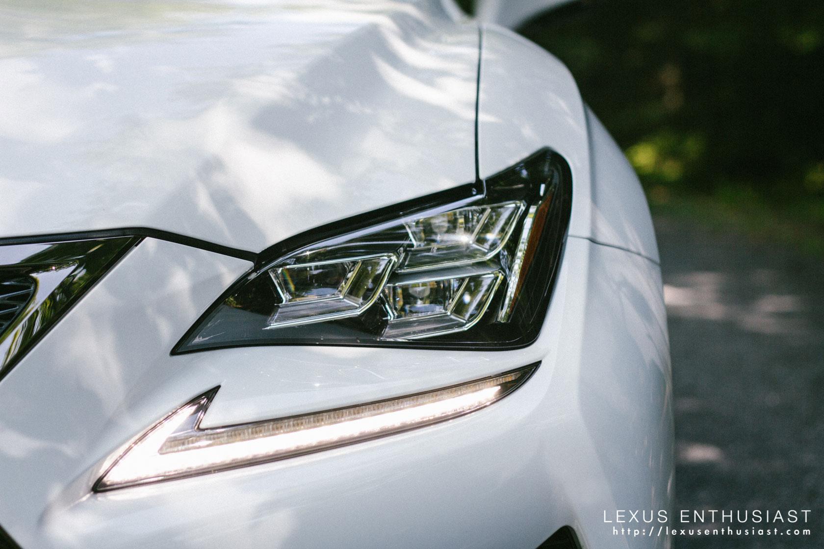 Lexus RC F Headlights