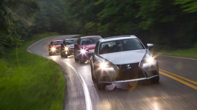 Lexus Road & Track Comparison