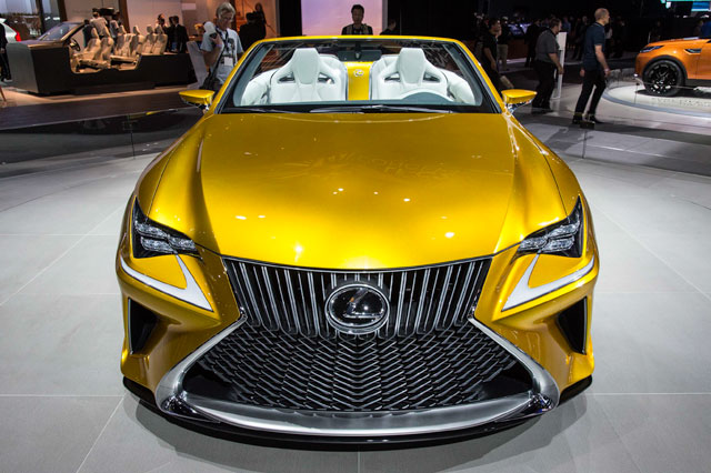 Lexus LF-C2 Front