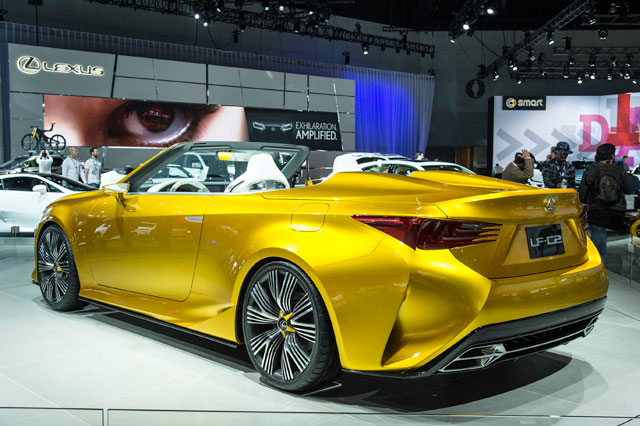 Lexus LF-C2 Rear