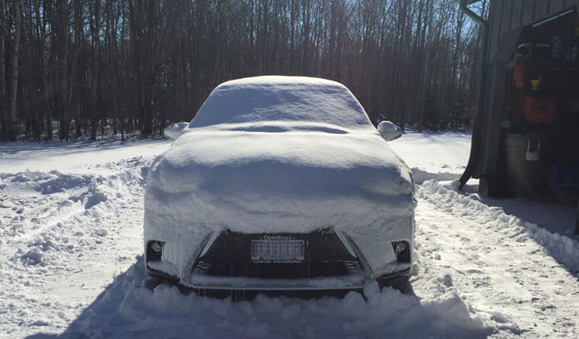 Lexus CT 200h in Snow
