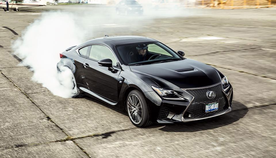 Lexus RC F Drifting